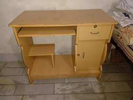 Computer Table New almost
