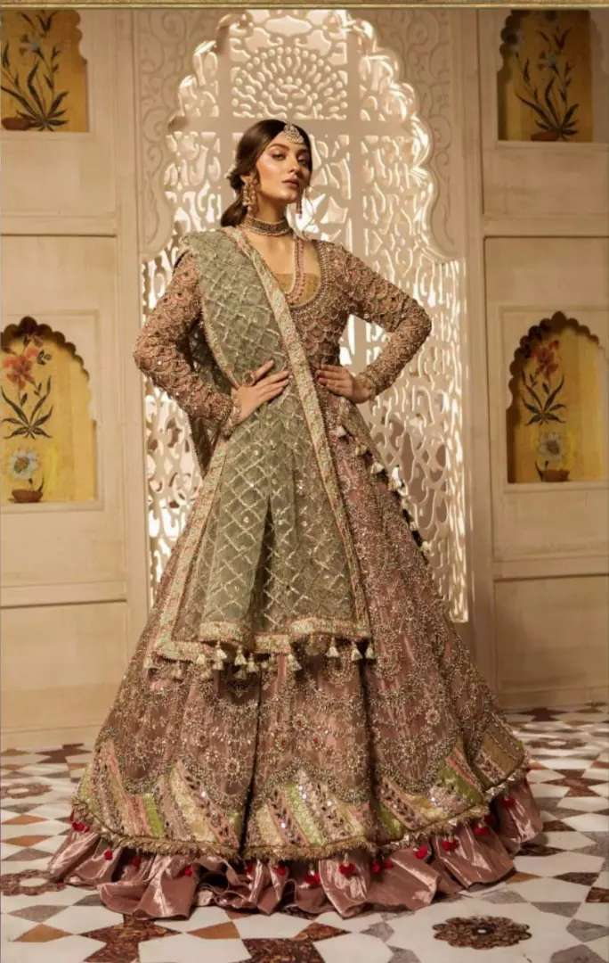 All kinds of ladies suits and sarees 0