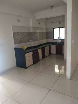 3 b h k flat for rent in vidhiyanagar