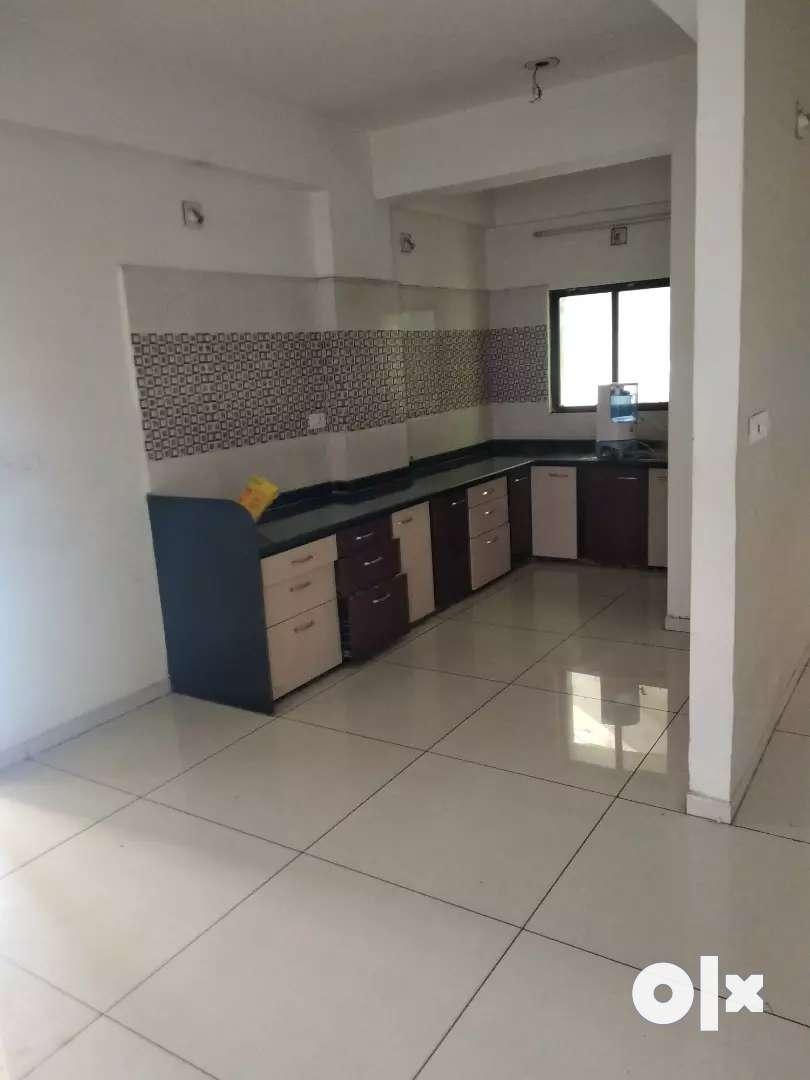 3 b h k flat for rent in vidhiyanagar 0