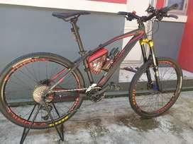 Sepeda gunung MTB Thrill Vanquish 1.0 (2×10 speed)