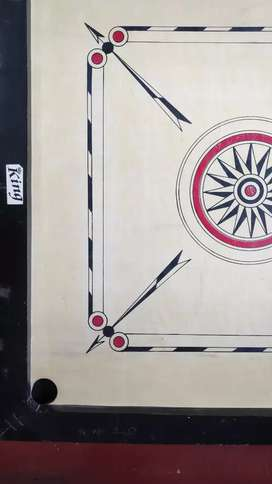 Carrom board 32 inch.
