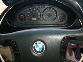 Urgent Sale BMW 318i Automatic