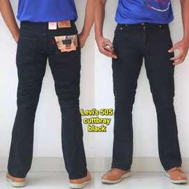 Celana Jeans dan Chino Cuttbray