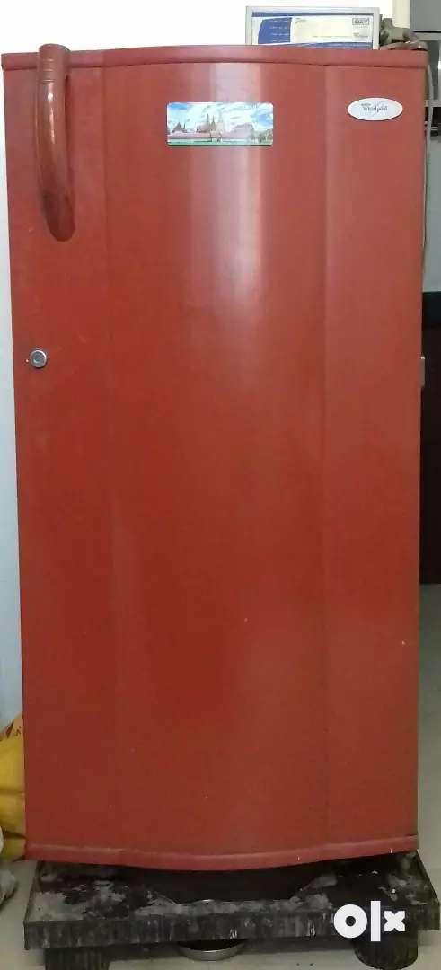 Whirlpool Refrigerator 175L 0