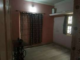 House available on rent in gandhidham adipur