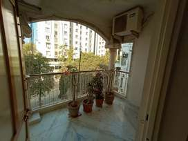 Luxurious 4bhk furnished flat NR Parimal garden Navrangpura for sale