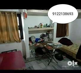 2500 rent ,1 room partner Chahiye , 2 room flat