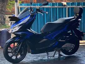 Honda PCX 150cc ABS Black Mulusss lengkap original