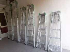 Tangga aluminium. Kekuatan max 100kg