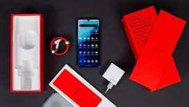 One Plus stocks available on heavy discount in very good condition.  C