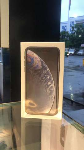 IPHONE XR 64 GB INDIAN MRP