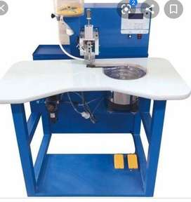 Automatic pearl fixing machine