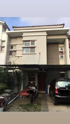 Sewa/ Jual Rumah Strategis Minimalis di Sukajadi / Setiabudi Bandung