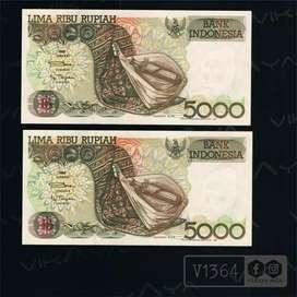 V1364 Uang Lama 2 Lembar Urut 5000 Rupiah Sasando Tahun 1992 IMP 1992