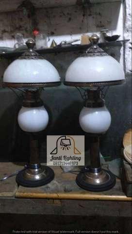Lampu stand antik kkuningan lawasan lampu tidur lampu kamar lampu meja