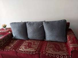 5 set cushions with cover