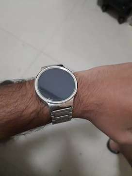 Huawei smartwatch for Android and ios. 5000 INR