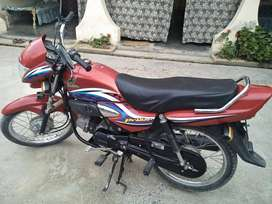 Honda pridor 100 cc, model 2016.
