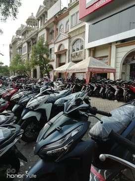 Sales dealer resmi sepeda motor honda