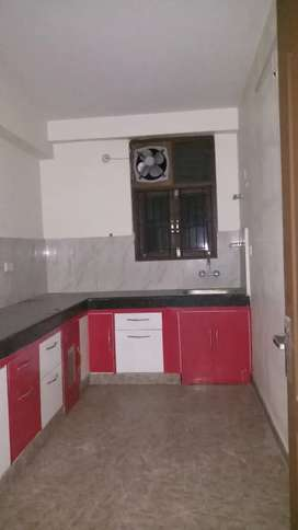 Singh Property Dealer 4 BHK Flat For Sale In Apartment Lanka BHU VNS