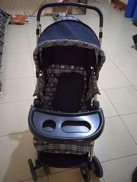 Dorongan bayi/Troler