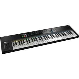 Native Instruments S61 MK1
