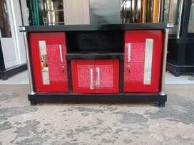 Meja TV murah / Bufet TV murah triplek tebal warna merah bercak putih