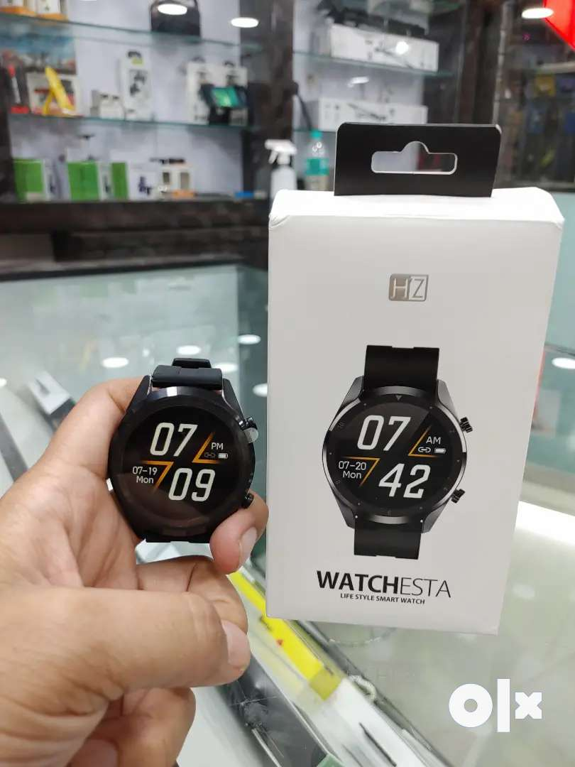 Smart Watch with Calling Feature - 5 Days Battery Backup