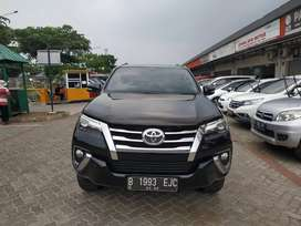 Toyota Fortuner VRZ All New 4x2 A/T 2017 Service Records Asli Toyota