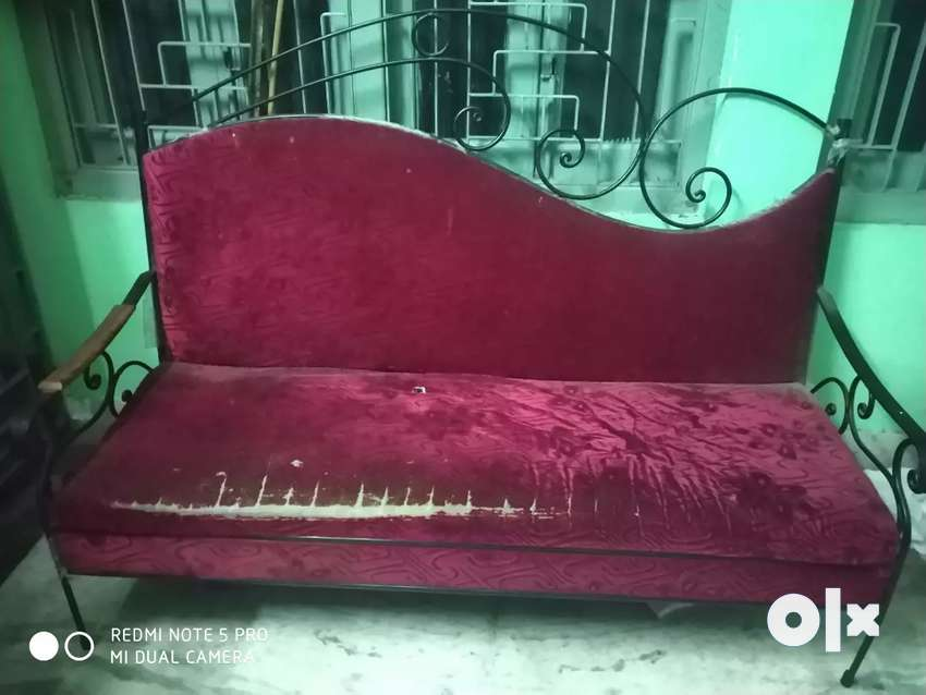 It's a 2 year old rot iron sofa 0