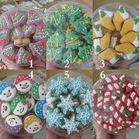 Kue Cookies kering karakter parsel Natal natalan