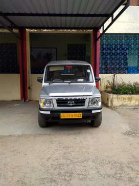 Tata Sumo Gold basic model