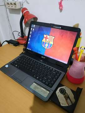 Dijual laptop acet murah kondisi hidup siap pakai utk kuliah online