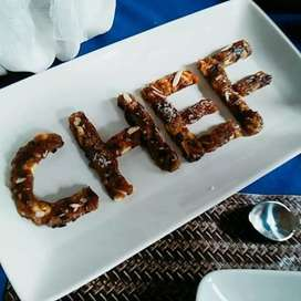 All rounder chef is available for part time