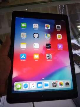 iPad Apple gen5 wifi only 32gb super mulus