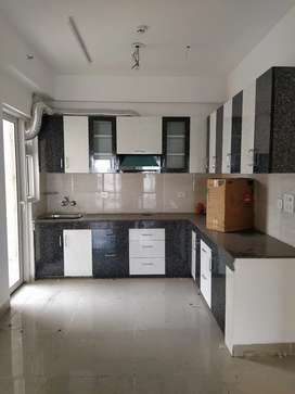 3 bhk semifinished flat available for rent in Ajnara homes