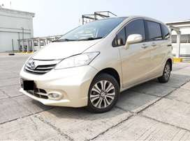 Honda Freed 1.5 PSD AT 2013 Plat Genap Pajak Panjang Tangan Ke-1