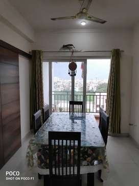 Vaishali multistory 2 BHK luxury furnished for family only