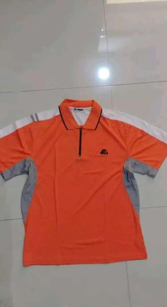 Kaos Badminton MMOA Orange, size besar