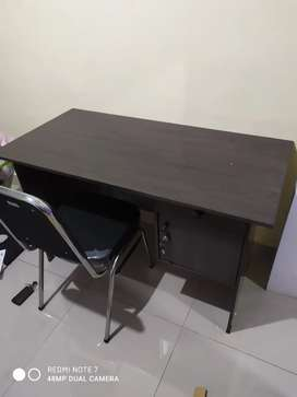 1set meja kantor + kursi stanles
