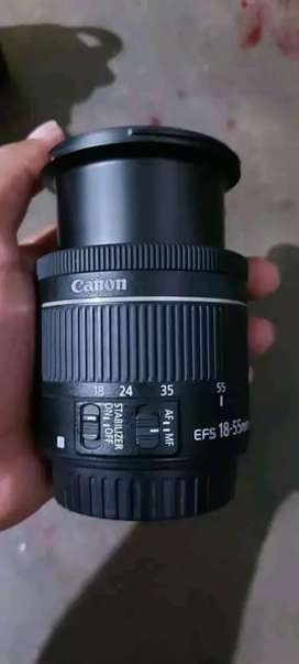 cannon 200D with single lens