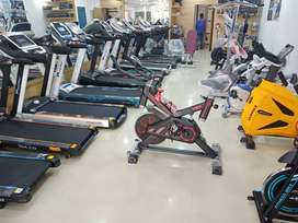 Spining Bike for user weight upto 125 kg