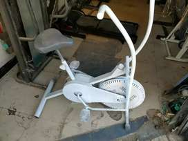 Air bike dual action 0307(2605395) pls call me at this number