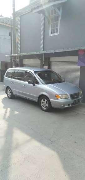 Hyundai Trajet Thn 2000 MT atas nama sendiri istimewa