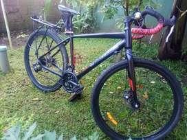 Sepeda gravel United Rockford