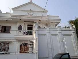 Dijual Rumah mewah tiga lantai di Sunter, Jakarta Utara