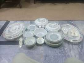A beutifull dinner set complete