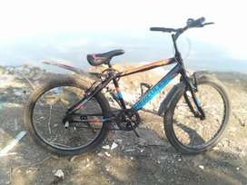 Hercules cycle in new condition no any problem