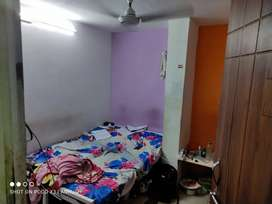 Room Rent one room aveleable 4 members And (couple also) aveleable